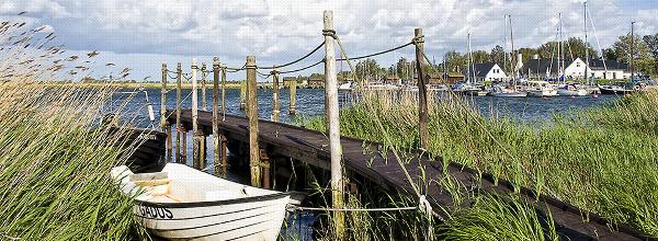 Steg mit Fischerbooten |Pier with fishing boats|