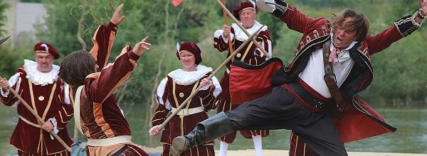 © Piraten Action Open Air. Viel Action und aufregende Kampfszenen in Grevesmühlen